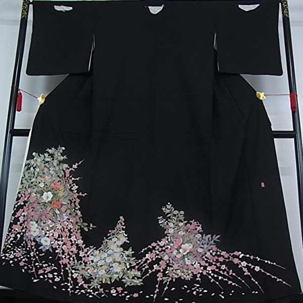 黒留袖レンタル|正絹|作家物|草花文様|No.600-21